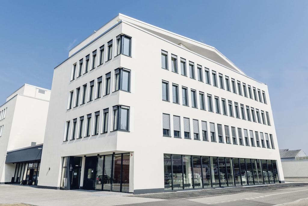 ed40314160b53f Friseurbedarf und BoardingHouse in der Bahnstadt